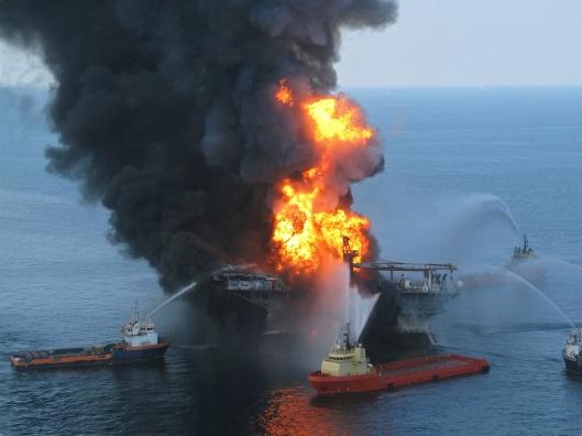 April 2010, US Coast Guard - 100421-G-XXXXL- Deepwater Horizon fire