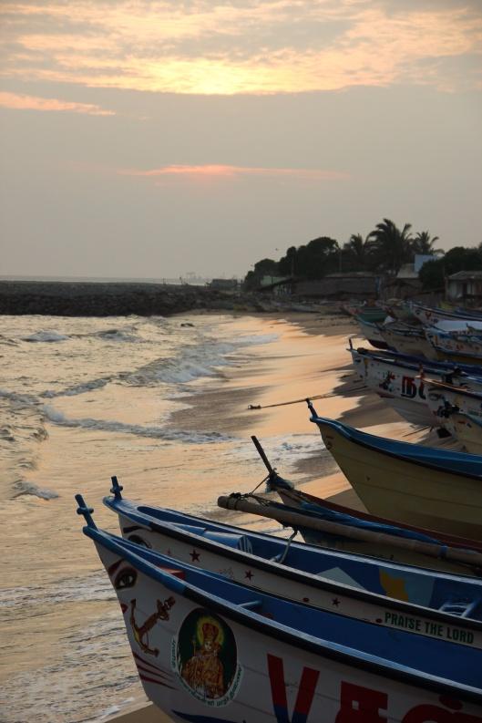 CC BY-NC-SA 2.0 flickr by indiawaterportal.org /11813504325 Boats near Koodankulum NPS