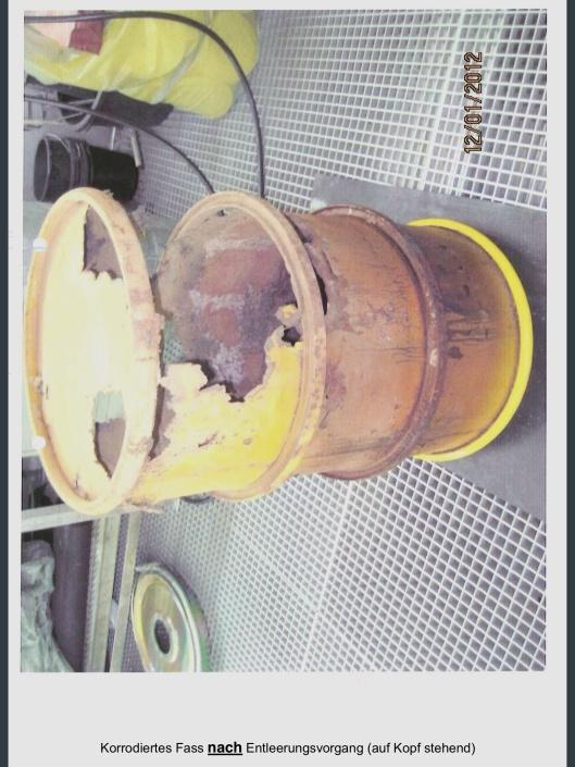 schleswig-holstein.de/ArchivSH/PI/MJGI/PDF/2012/2012_0307_PI_BilderBrunsbuettel rusted radioactive waste drum after empty