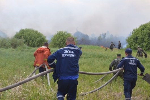 firefighters near Chernobyl July 2015