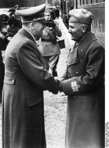 Hitler and Mussolini shaking hands Bundesarchiv, Bild 183-B23938 / CC-BY-SA