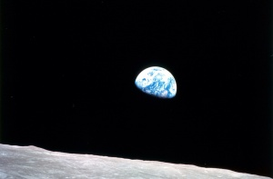 NASA, Image # : 68-HC-870, 12/24/1968 Earth-rise Christmas Eve 1968