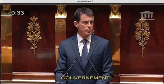 PM Valls French Parliament Nov 2015 State of Emergency side view
