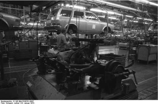 Attribution: Bundesarchiv, B 145 Bild-F038791-0007 / Schaack, Lothar / CC-BY-SA 3.0