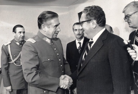 Kissinger and Pinochet, 1976, Ministerio de Relaciones Exteriores de Chile Creative Commons via Wikipedia